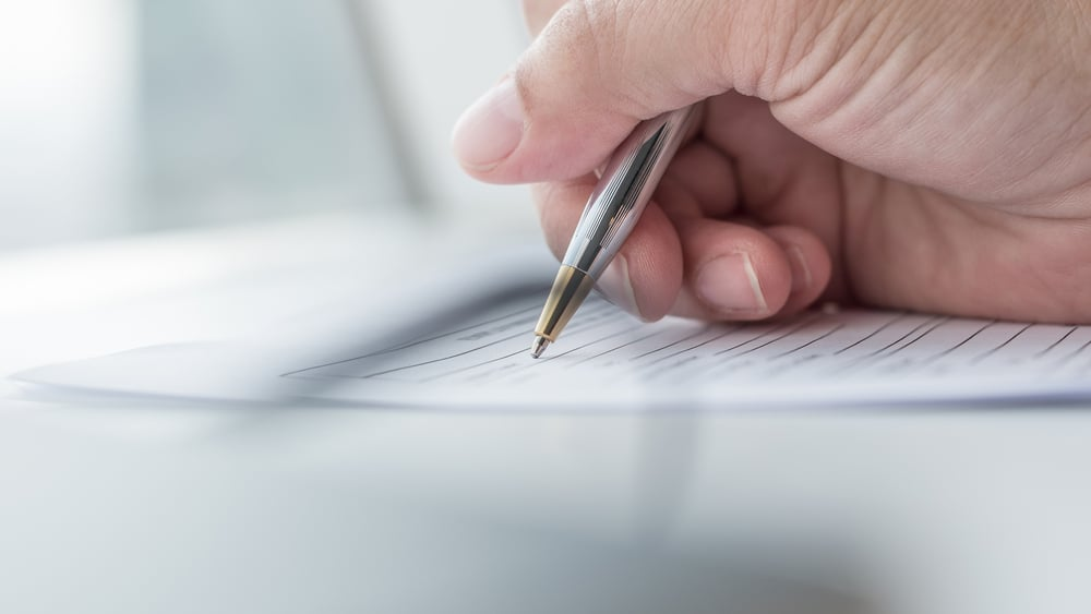 社労士として営業するためには登録が必要